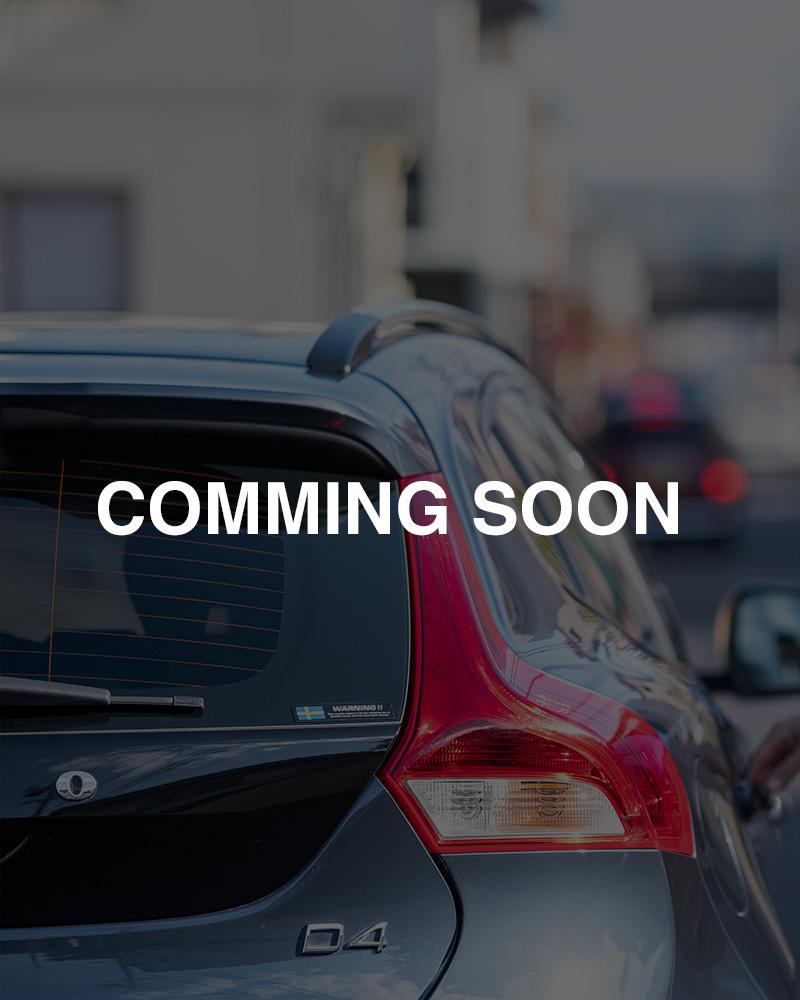 VOLVOV40 D4 クロスカントリー安全性能と女性目線なデザインセンスで仕上げられた車。